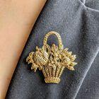 Vintage broszka - kosz z kwiatami, (1) - Inne