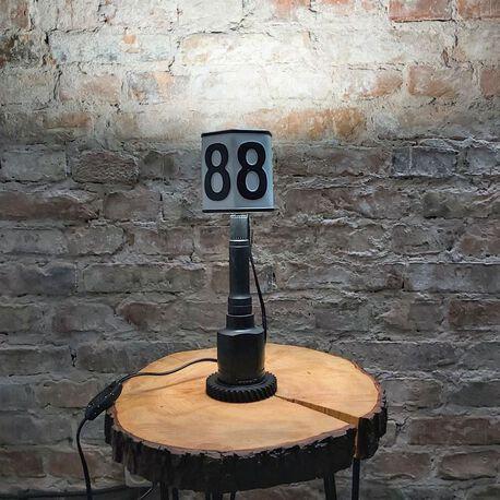 Lampa z rejestracji samochodowej - rękodzieło, (1) - Oświetlenie
